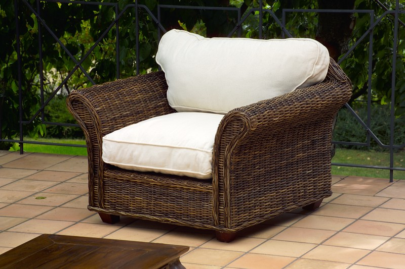 Poltrona in rattan poltrone etniche for Poltrone in rattan