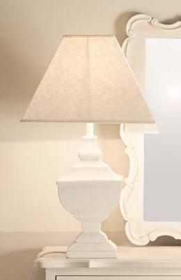 lampada da tavolo legno bianca
