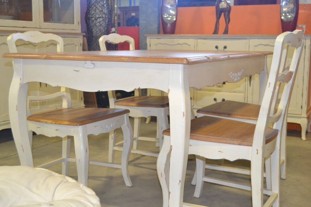 Tavolo provenzale bianco decapato - Etnico Outlet Mobili Etnici