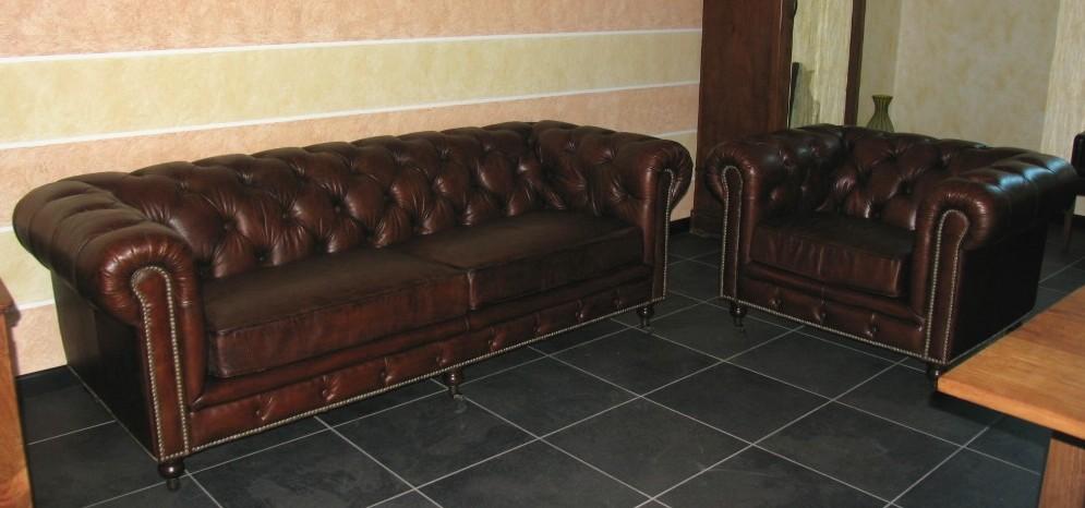 Mobili retro divani idee per il design della casa for Mobili per divani
