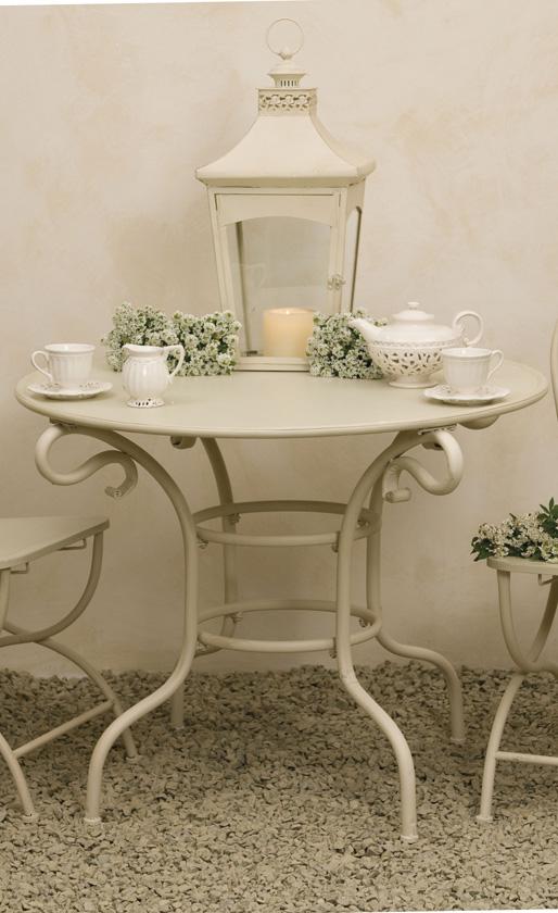 Tavolo provenzale in ferro tavoli provenzali giardino for Tavoli bianchi
