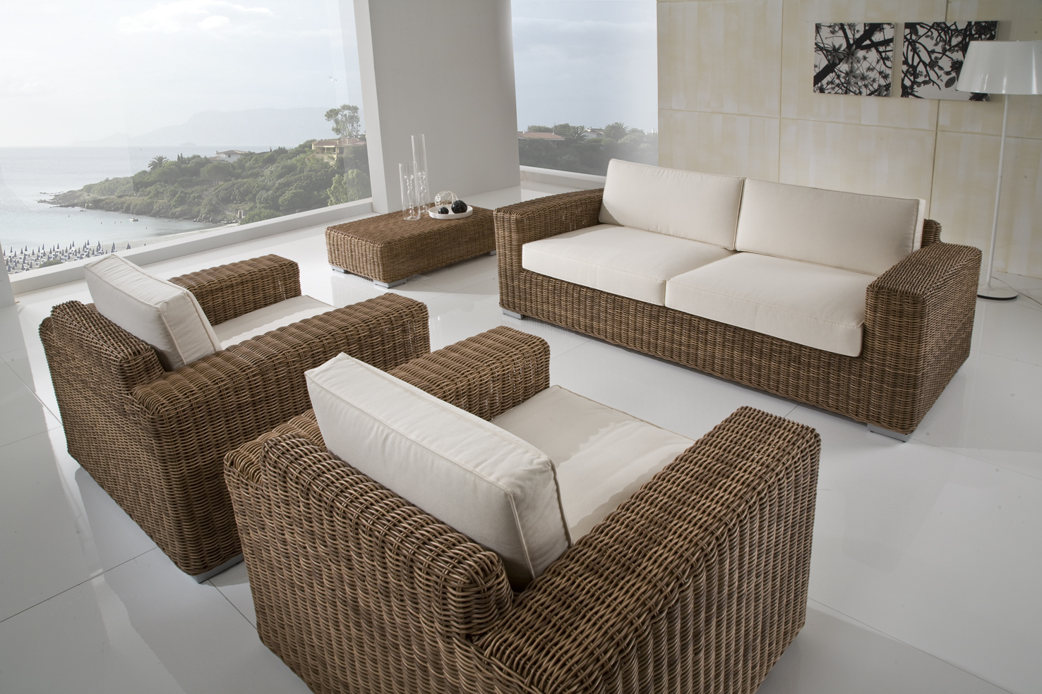 Divani esterno rattan sintetico idee per il design della for Mobili design occasioni divani