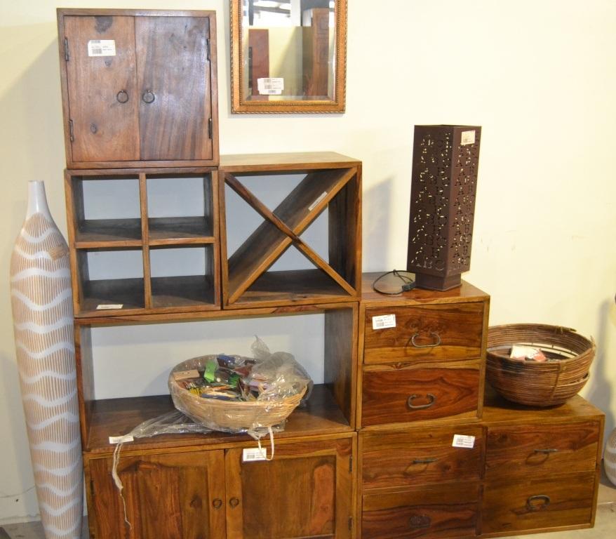 Cubo in legno massello 4 ripiani mobili etnici orientali for Librerie in legno componibili