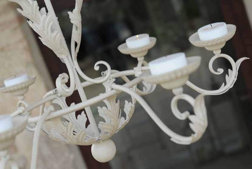 Lampadari In Ferro Battuto Da Esterno : Applique in ferro battuto applique