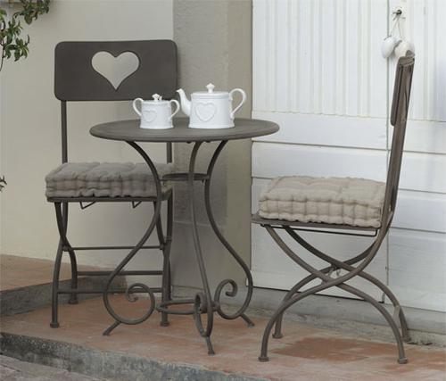Sedia provenzale ferro brunita offerte sedie giardino - Ikea tavolino pieghevole ...