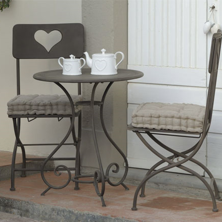 Tavoli ferro battuto etnico outlet mobili etnici for Tavoli da giardino in ferro ikea