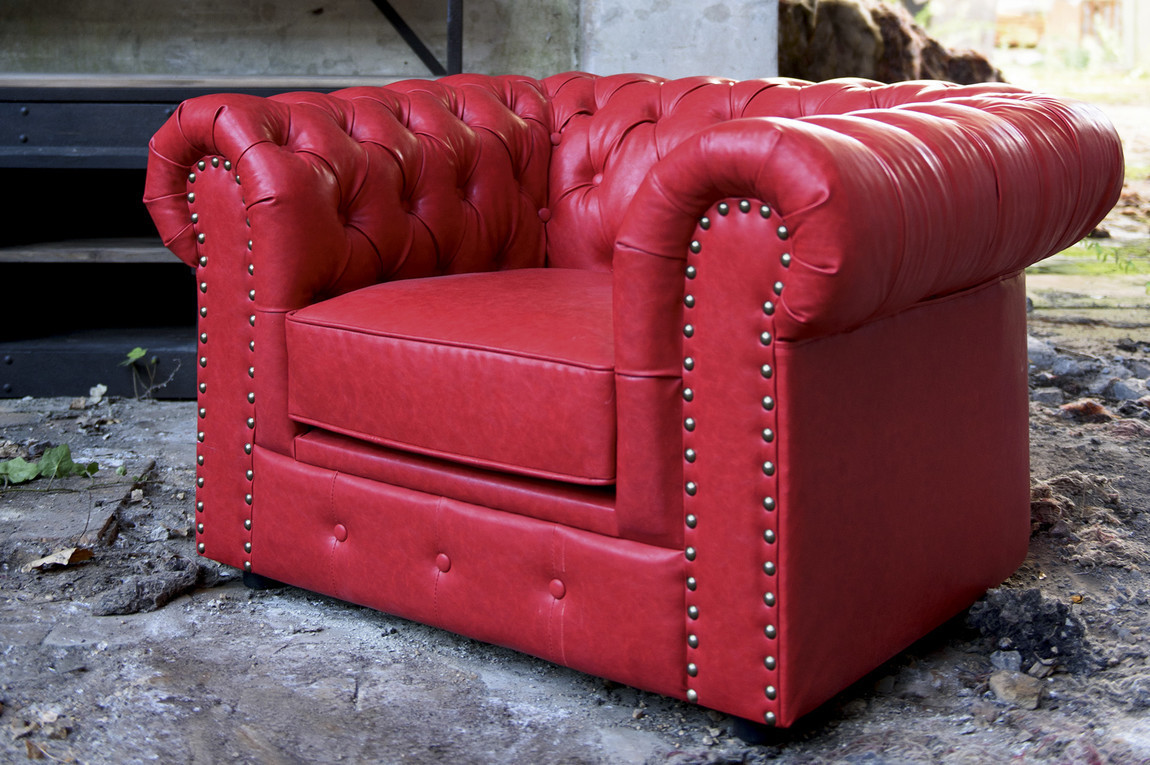 poltrona chester in pelle rossa poltrone vintage rosse