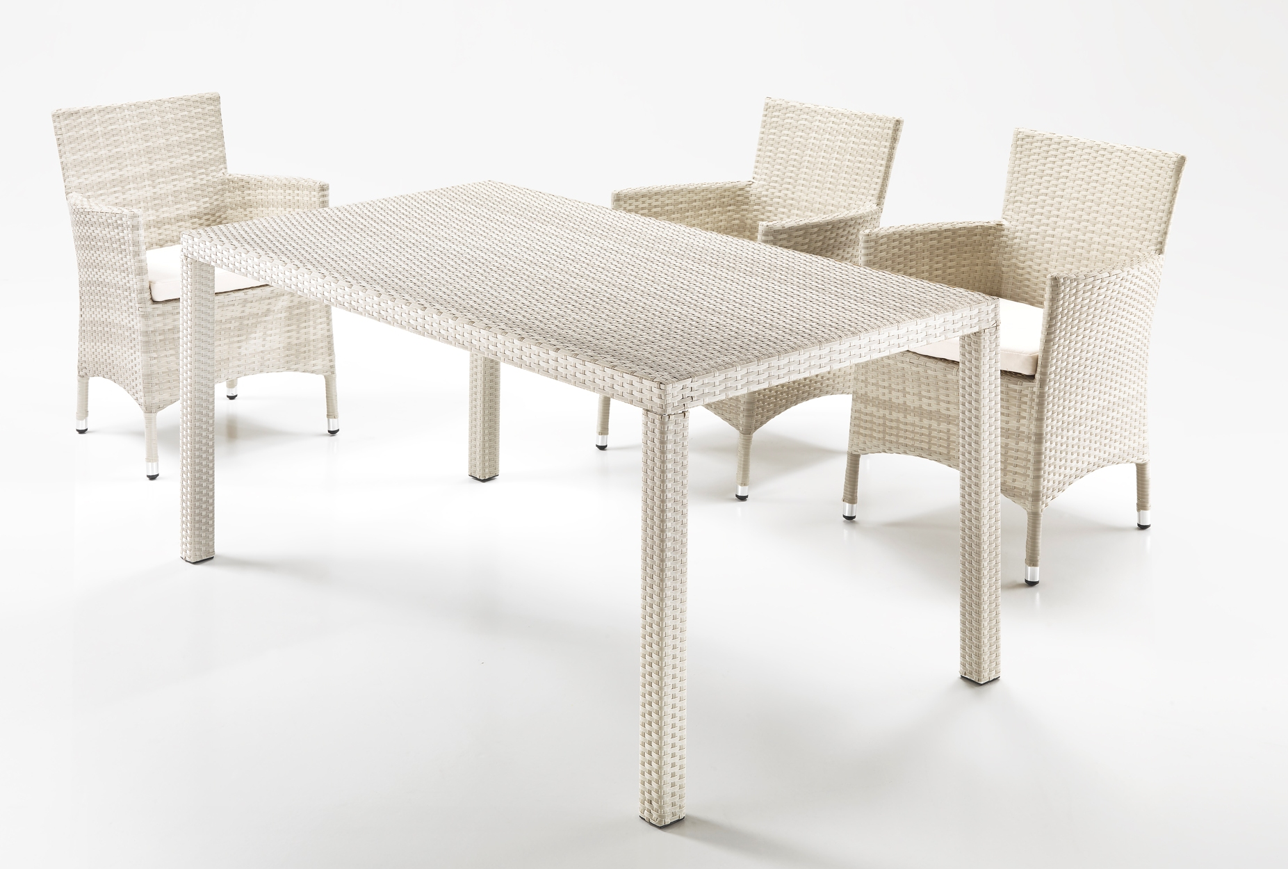 Tavolo rettangolare rattan bianco for Outlet mobili da giardino