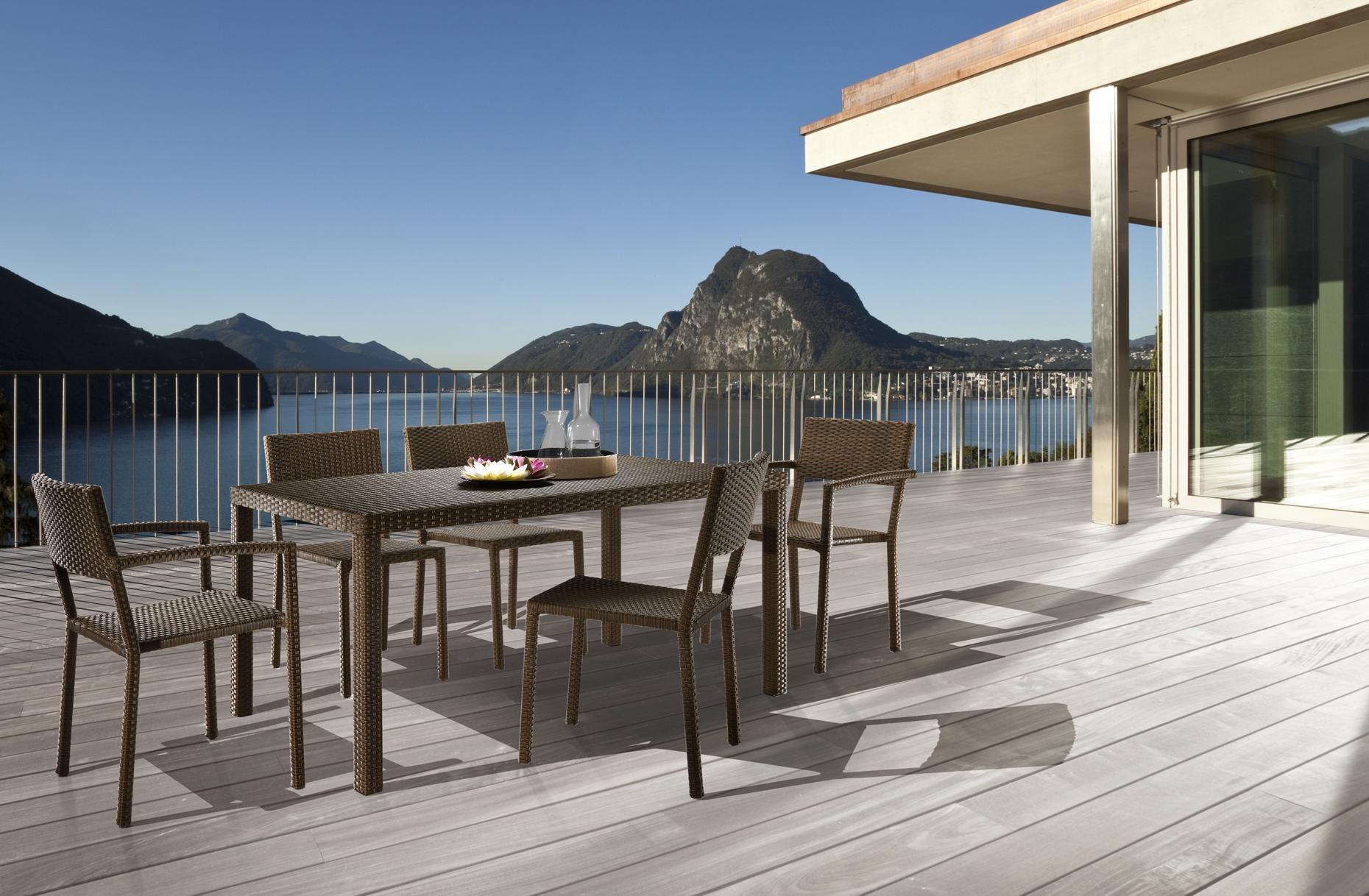 Outlet mobili da giardino torino decora la tua vita for Arredo giardino rattan outlet
