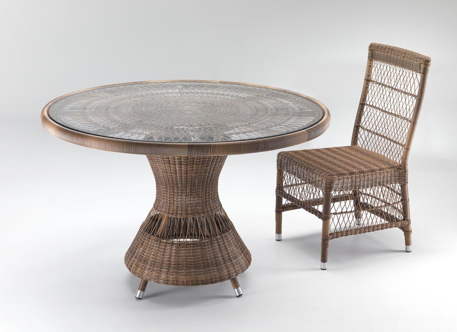 Tavolo rotondo in rattan intrecciato etnico outlet mobili - Tavolo da giardino rattan ...