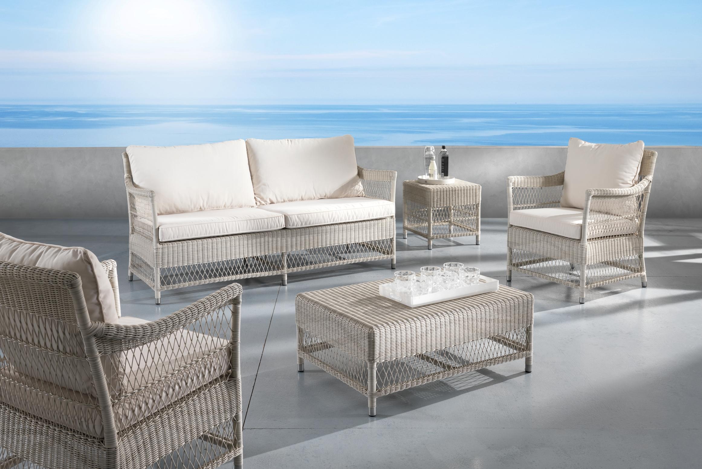 Poltrona da giardino rattan sintetico etnicoutlet mobili for Poltrona da terrazzo design