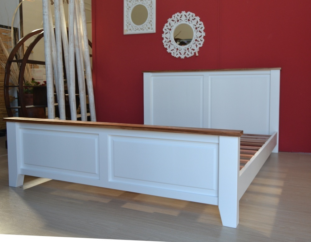 Letto shabby legno bianco camere da letto shabby chic vintage - Letto matrimoniale legno bianco ...