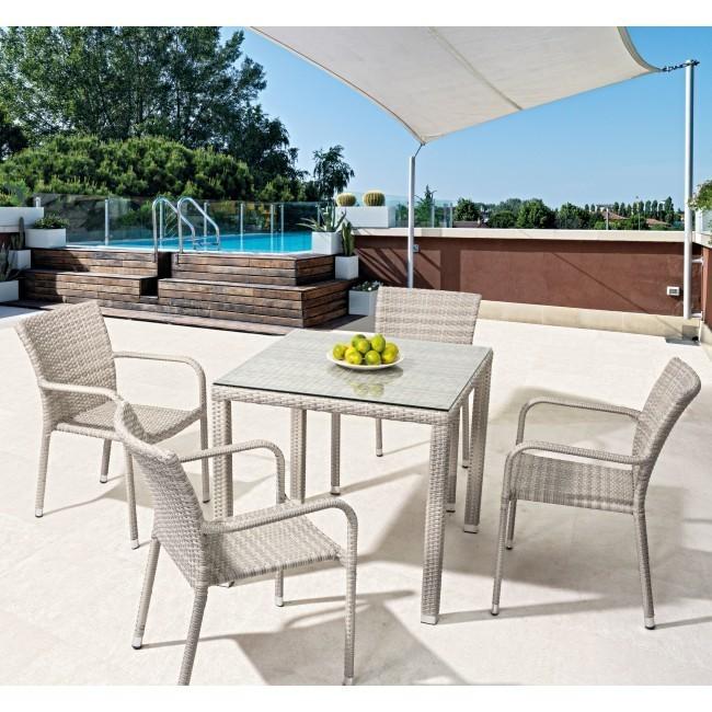 Tavolo giardino in polyrattan etnico outlet mobili da for Outlet mobili da giardino