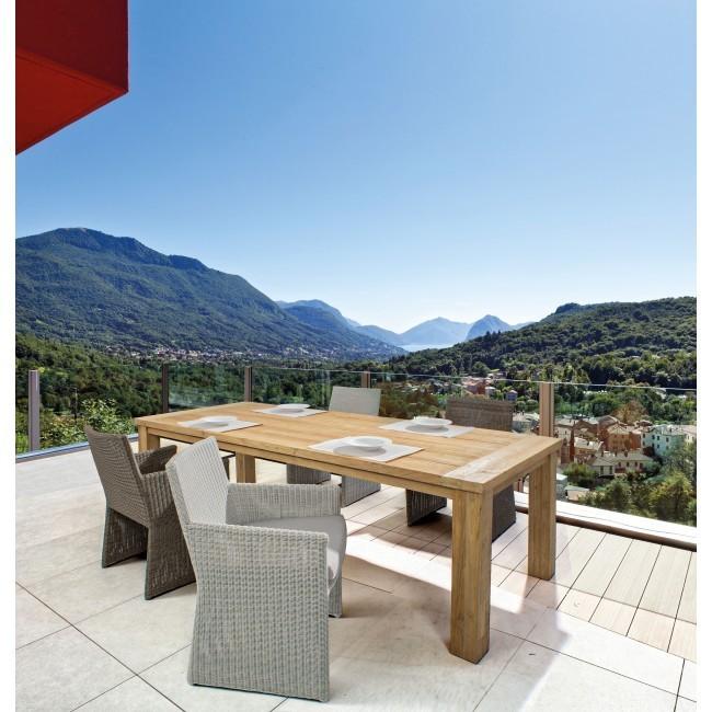 Set tavolo + 4 poltrone per esterno