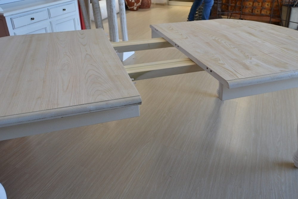 Tavolo ovale bianco shabby chic allungabile mobili etnici for Tavoli rotondi allungabili bianchi