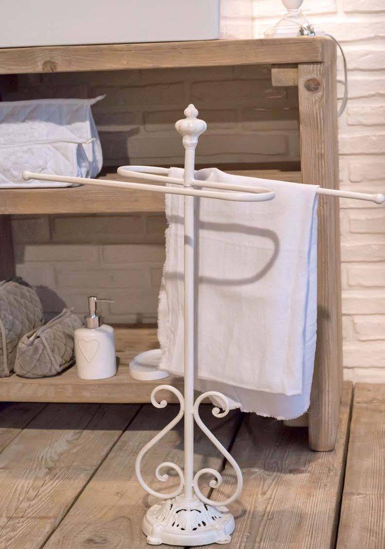 Mobili in ferro battuto per bagno awesome accessori per - Ikea porta asciugamani da terra ...
