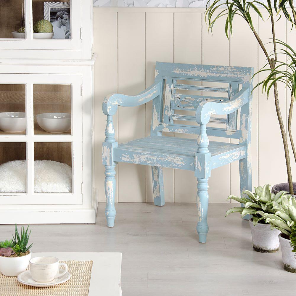 Poltrona legno azzurro shabby chic mobili legno massello for Poltrone shabby