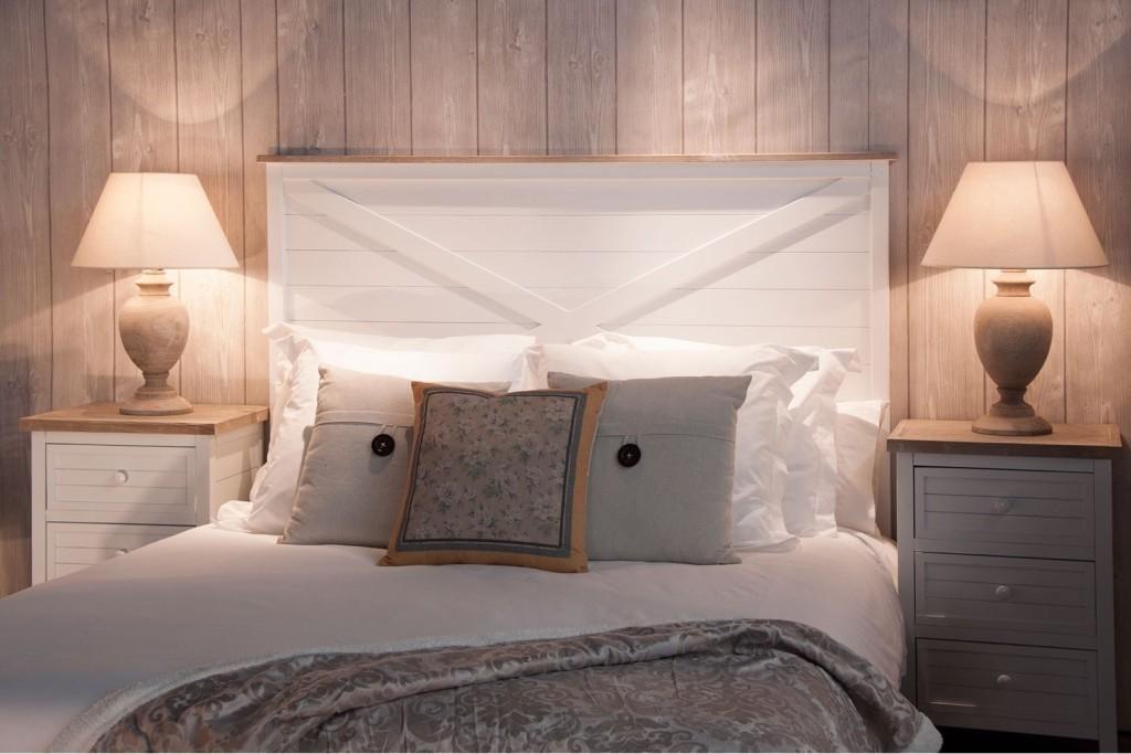 Testata letto legno bianco shabby letti stile shabby chic - Testata letto shabby ...