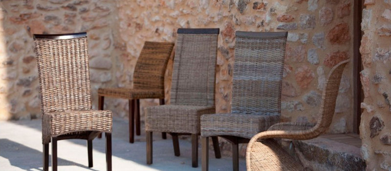 Sedie etniche legno sedie vintage e industrial su etnico for Sconti sedie