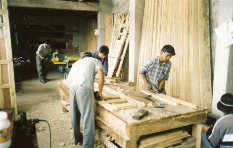 Produzione artigianale etnico outlet mobili etnici on line for Produzione di mobili
