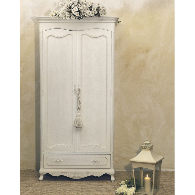 Armadio bianco provenzale etnico outlet mobili etnici for Armadio bagno bianco