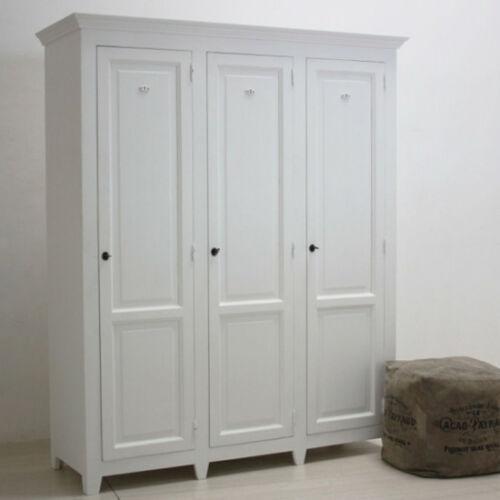 Armadio legno shabby bianco