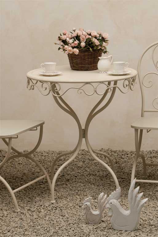 Tavolo provenzale rotondo bianco mobili giardino for Bianco e dintorni arredamento provenzale