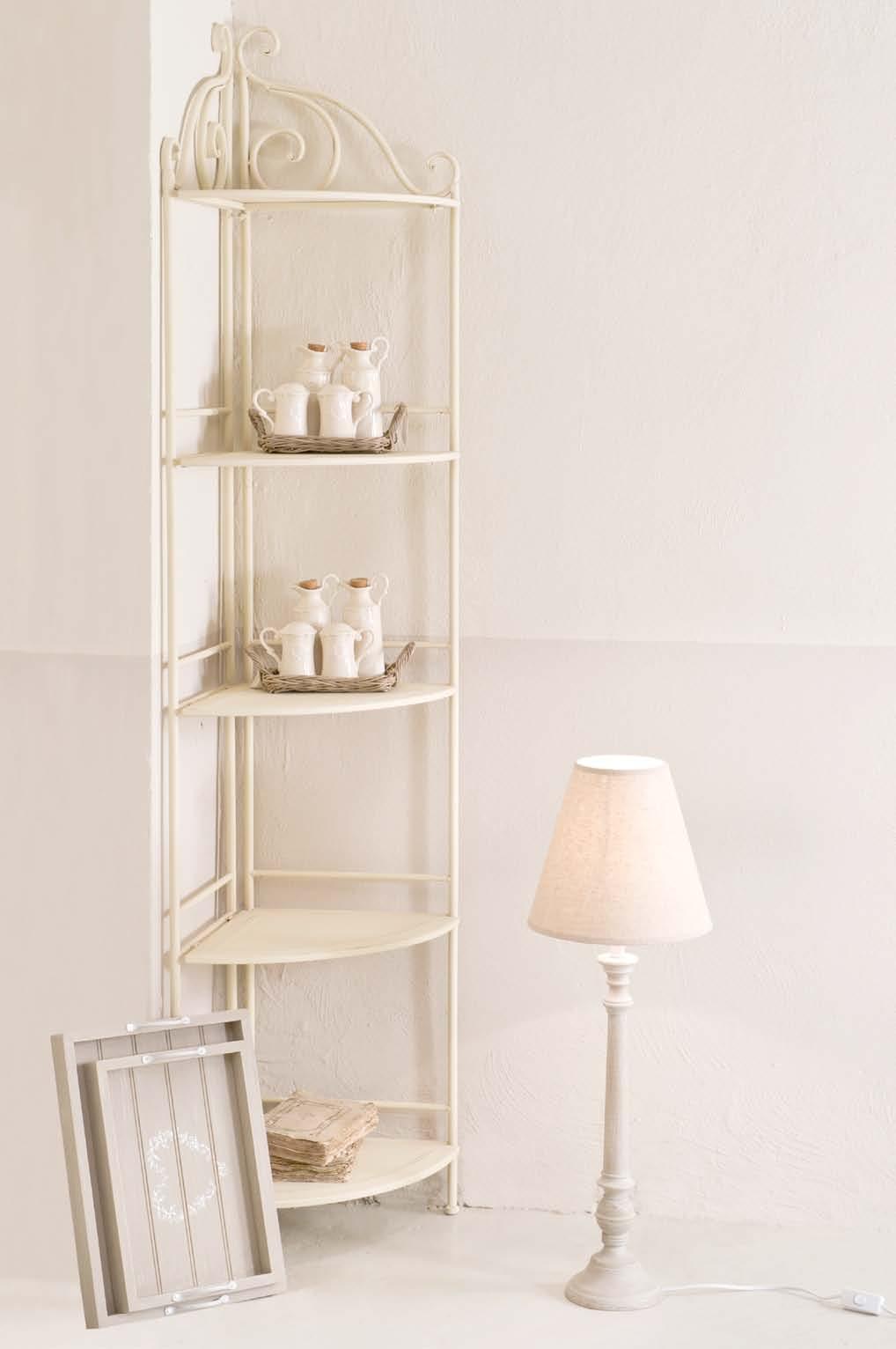 Angoliera in ferro battuto bianca etnico outlet mobili for Scaffali in ferro battuto ikea