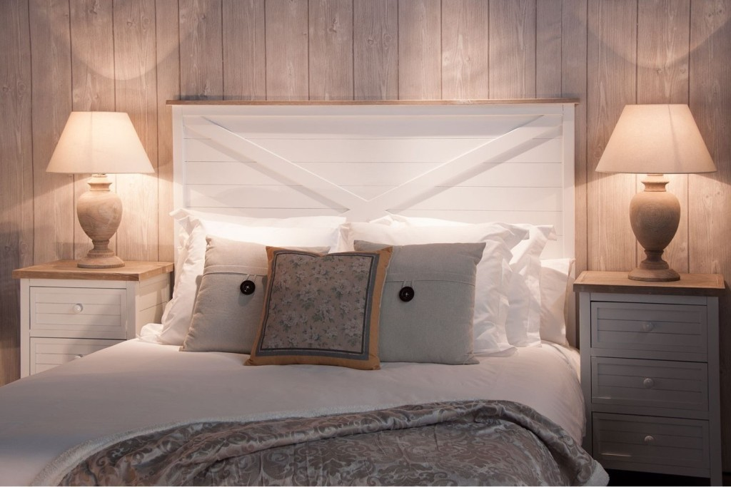 Testata letto legno bianco shabby Letti stile shabby chic