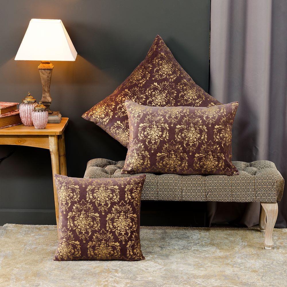 Cuscino per divano bordeaux oro arredamento dec online for Divano bordeaux
