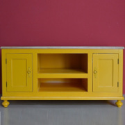 Porta tv Boho Chic giallo