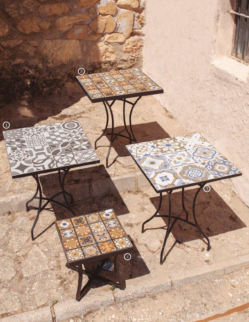 Tavoli In Maiolica Da Giardino.Tavolo Da Giardino Con Maioliche Offerte Tavoli Ferro